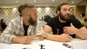 travis fimmel hair for vikings we have vikings stars clive standen and travis fimmel talk about