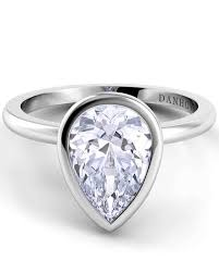 teardrop diamond ring pear cut diamond engagement rings martha stewart weddings