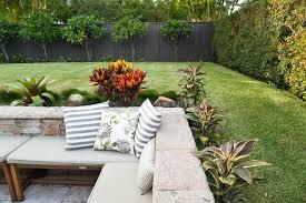 corner fence landscaping best 25 corner landscaping ideas on