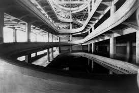 factory in italy a rooftop racetrack the fiat lingotto factory in turin italy