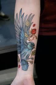 arti tato bulu merak 20 orang ini menato tubuhnya dengan tema alam cinta lingkungan nih