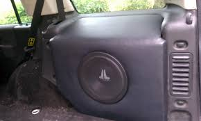 custom land rover lr2 custom made sub enclosure i made land rover forums land rover