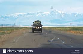 nissan terrano off road off road vehicle nissan terrano in the chuya highway altai