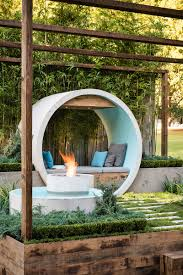 outdoor fire pit seating ideas that blend looks and function in