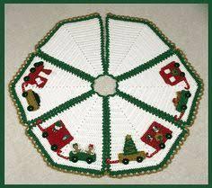 christmas tree skirt free crochet pattern crafts crochet