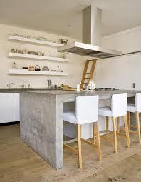 plan travail cuisine beton cire design interieur plan travail béton ciré hotte aspirante inox