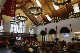Hogwarts Dining Hall by Usc Village Dining Hall Emphasizes Health Sustainability Daily