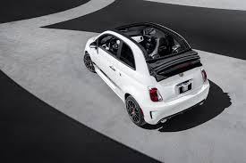 fiat 500 reviews research new u0026 used models motor trend