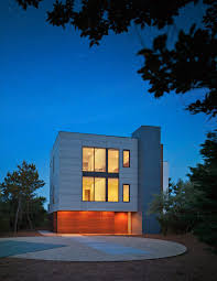 sea del house by robert gurney faces the beach in delaware