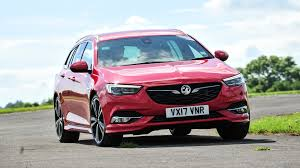 opel insignia sports tourer 2016 vauxhall insignia sports tourer 2017 review by car magazine