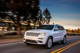 jeep trailhawk lifted jeep officially unveils grand cherokee trailhawk and summit models