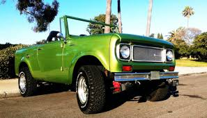 new restoration work v8 automatic 800a new paint ford bronco