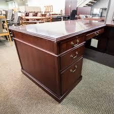 L Shape Executive Desk Used Kimball Right 72 L Shaped Executive Office Desk Walnut