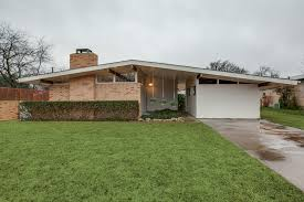 mid century modern ranch house plans wide house design and office