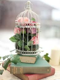 Decorative Bird Cages For Centerpieces by 84 Best Bird Cages Images On Pinterest Bird Houses Birdcage