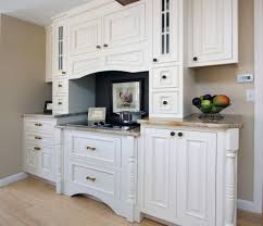 virginia wayside furniture for a traditional kitchen with a footed