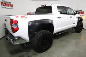 new 2017 toyota tundra sr5 4wd crew cab pickup in escondido