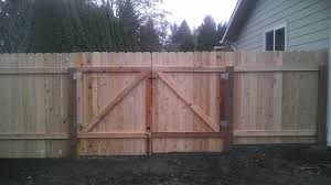 dog ear fencing with a simple
