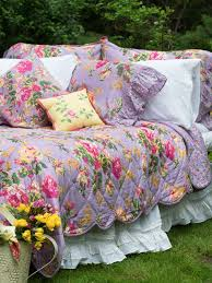 victorian rose quilt lavender romantic decorating touches