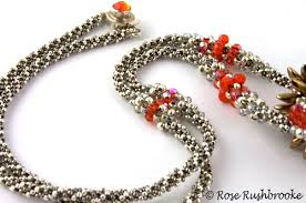 beaded bead necklace images Silver and red dagger beaded bead necklace cubic right angle jpg