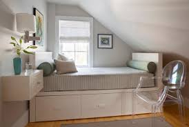 how to make a small room feel bigger how to make a small bedroom look bigger houzz