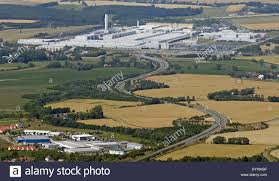 volkswagen mexico plant aerial view volkswagen factory in stock photos u0026 aerial view