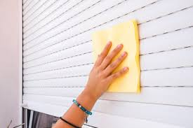 what s the best way to clean high gloss kitchen units how to clean blinds easily with supplies you already