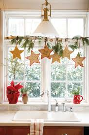 Window Decorations For Christmas by 43 Easy Diy Christmas Decorations Homemade Ideas For Holiday