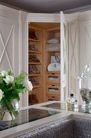 Walk In Closet Shelving by 620 Best Fabulous Closets Images On Pinterest Dresser Master
