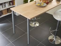 plan de table cuisine table de cuisine fabriquée avec un plan de travail leroy merlin