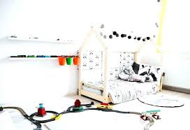 création déco chambre bébé fabriquer un lit cabane creer deco chambre bebe fabriquer un lit