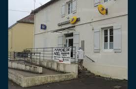 bureau de poste ouvert le samedi economie la poste rouvre le samedi