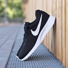 Nike Tanjun Black nike tanjun black â sneaker fã r herren â bei deichmann