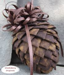 pierced fabric pinecone ornament brown mottled no sew quilted