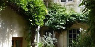 chambres d hotes arles le patio d arles une chambre d hotes dans les bouches du rhône en