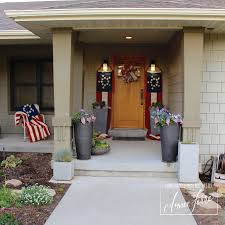 americana patriotic porch decor and flags