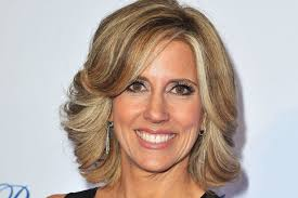 info about the anchirs hair on fox news fox news anchor alisyn camerota out