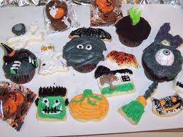nibbles of tidbits a food blogdecorating halloween treats with