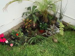 imagenes de jardines pequeños con flores ayuda para diseñar esquina de un jardín pequeño