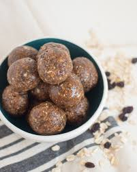 oatmeal cookie protein bites with a video vital proteins