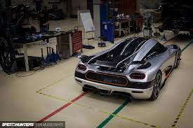 car pushing the limits koenigsegg the koenigsegg one 1 is here drifting alive