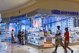 skechers u0027 shares plunge on disappointing sales wsj