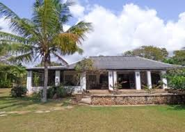 two bedroom main house with 2 bedroom cottage set in 2 5 acres of