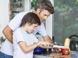 a cuisiner bonnes raisons d apprendre aux enfants à cuisiner