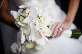 wedding flowers august what wedding flowers are appropriate for 5 different faiths