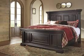 Ashley Porter Nightstand Willenburg Queen Panel Bed B643 54 57 96 Complete Beds
