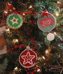 33 totally original diy ornaments that win at tree