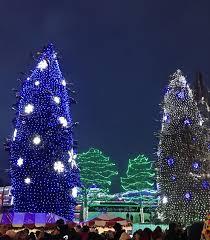 family travel blog getting in christmas spirit in