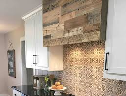Kitchen Accent Wall Ideas Awesome Reclaimed Wood Feature Wall Kitchen Accent Wall Ideas To
