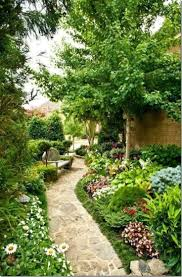 Backyard Trees Landscaping Ideas by 25 Best Side Yard Landscaping Ideas On Pinterest Simple